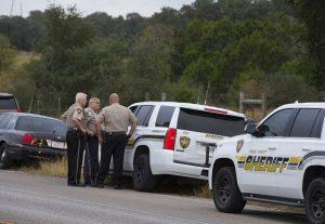 德州槍擊案槍手最少開了450槍 曾近距射殺啼哭幼兒