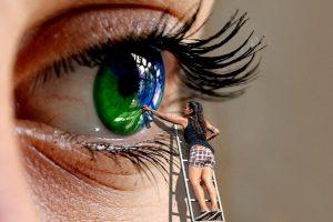 年輕竟得老花眼 每天3分鐘讓眼球回春(視頻)