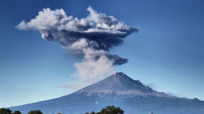 火山24小時爆發3次 威脅墨西哥城逾2千萬居民