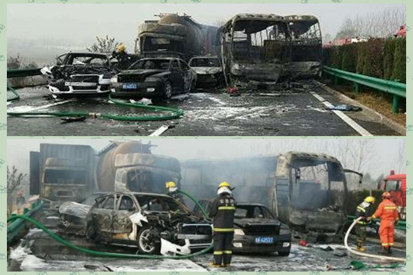 安徽恐怖车祸 30车连环撞酿18死 现场惨烈