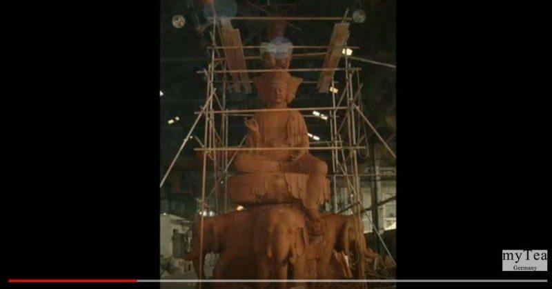 雕佛像拍到不可思議照片 能看見的有福氣 !(視頻)