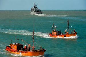 氧气几耗尽 阿根廷潜艇失联一周杳无音讯