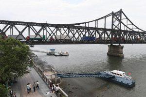警告還是通牒?北京稱下月關閉中朝鴨綠江大橋