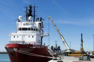 阿根廷失蹤潛艇證實已爆炸 搜救轉為打撈