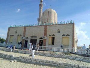 埃及军方空袭激进分子 清真寺遭袭或因教派纷争