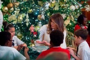 聖誕裝飾回歸傳統 第一夫人讓白宮再現200年經典