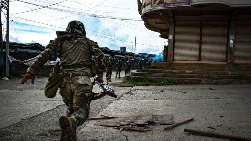 菲律賓清剿恐怖分子過程 宛如一場戰爭大片(視頻慎入)