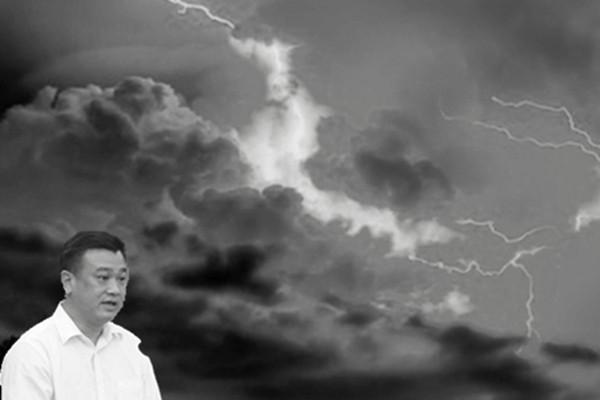 """广东某副市长跳楼自杀 官场又怕""""赵阎王"""""""