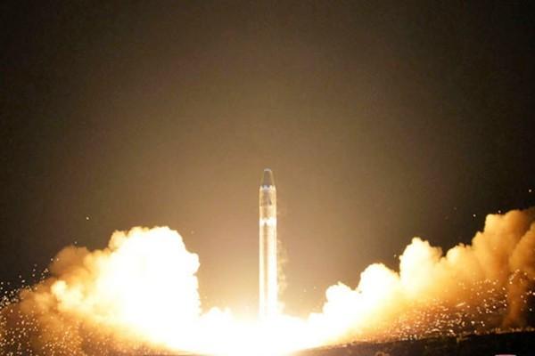 朝鲜战云笼罩 中共大部队突然集结中朝边境