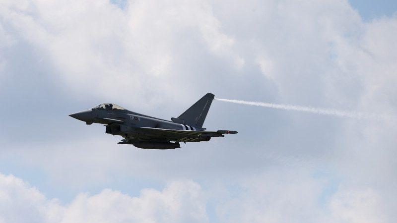 卡塔爾陷外交危機 斥巨資購颱風、飆風戰鬥機