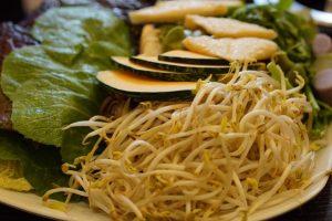 豆芽千万不能和它同吃 可能会导致恶心腹泻(视频)