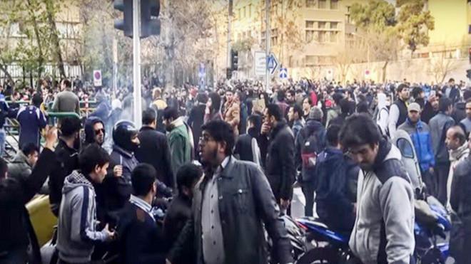 反政府示威擴大 伊朗封鎖消息 美大使籲召開緊急會議