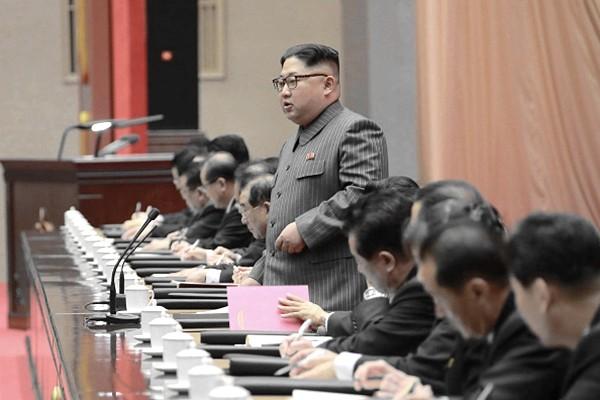 韩媒:金正恩出现3大误判 2018年将更艰难
