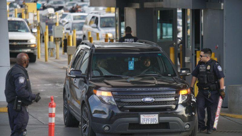 美墨邊境 3名華女匿藏後車箱偷渡遭扣押