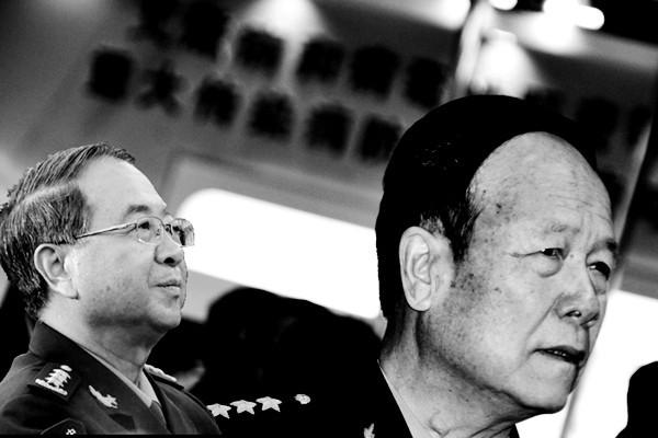 房峰辉得势鸡犬升天 勤务兵坐火箭当师长