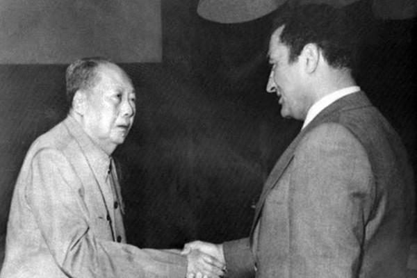 毛澤東的八句話騙了中國十多億人