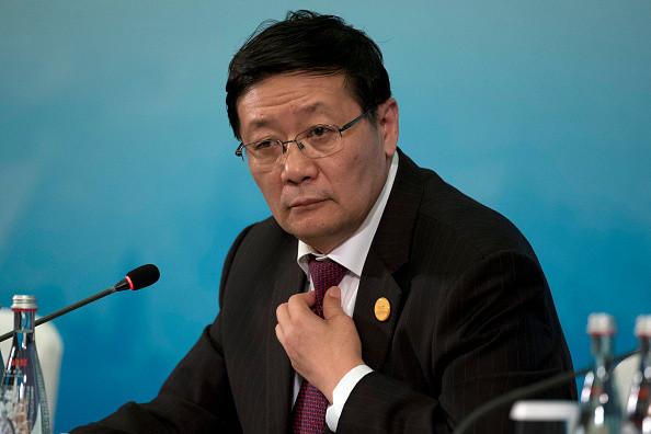 楼继伟:中国系统性金融风险概率比美国2008年前更大