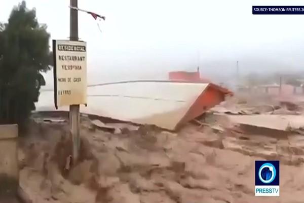 阿根廷暴雨成灾 泥水汹涌画面惊人(视频)