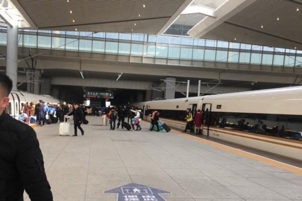 中国高铁再现严重故障 高温报警被迫停车