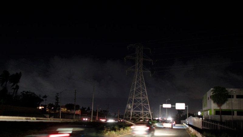 波多黎各发电厂爆炸 部分地区陷入漆黑一片