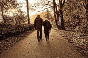 海外华人质问:出国后为什么领不到中国养老金?