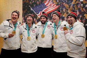 美冰壶队首夺冬奥金牌 《辛普森》8年前就有预言