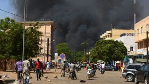 布吉纳法索首都遭扫射攻击 酿43死50伤
