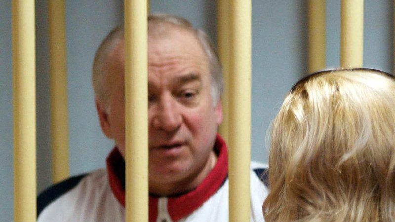 预感没好下场 英警:前俄谍和女儿遭神经毒剂谋杀命危