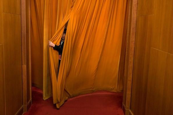 修宪投票细节曝光:秘密写票 记者离场
