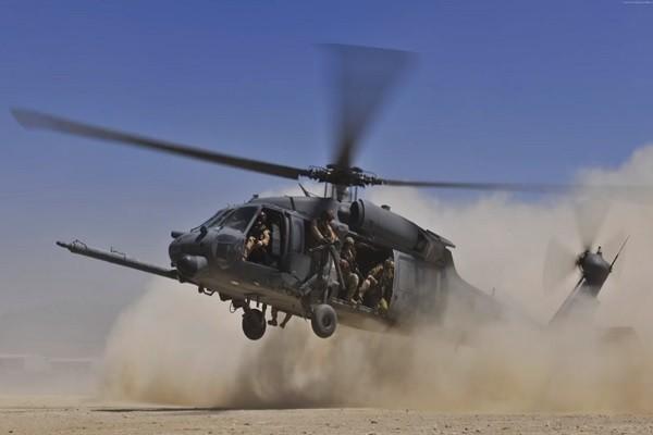 美军黑鹰直升机坠伊叙边境  7人生死不明