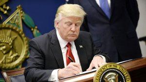 川普簽字 「台灣旅行法」生效 美台官員可互訪