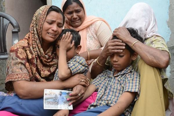 遭IS绑架失踪 38印度工人命丧伊拉克