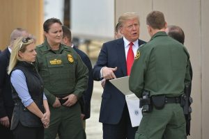 阻截非法入境 川普拟用军费建美墨边境墙