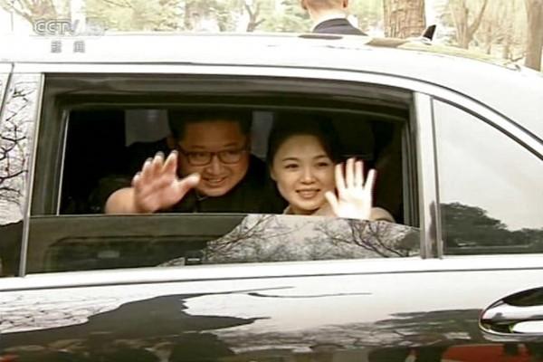 李雪主陪金正恩亮相北京  一籮筐隱私被揭