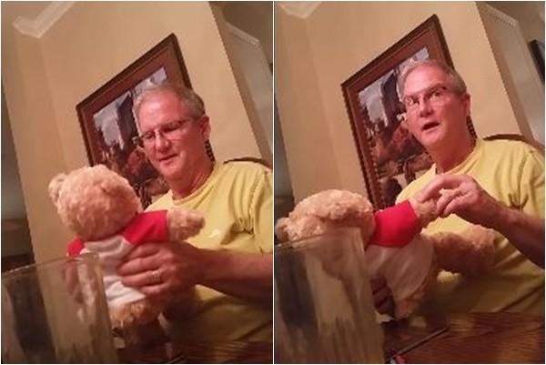 生日禮物小熊竟會講謎語 老爸明白答案後激動落淚