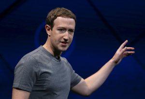 庫克質疑臉書商業模式 祖克柏隔空對槓