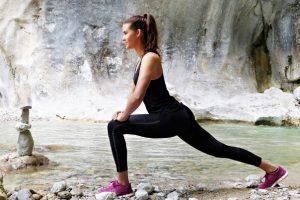 10招在家就能做的運動 練出小蠻腰不是夢(視頻)