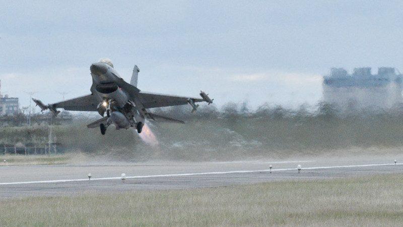 美F-16操练传坠机 两天第3起军机空难