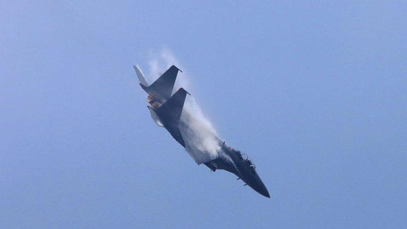 疑韩国F-15K战斗机坠毁 2飞行员生死不明
