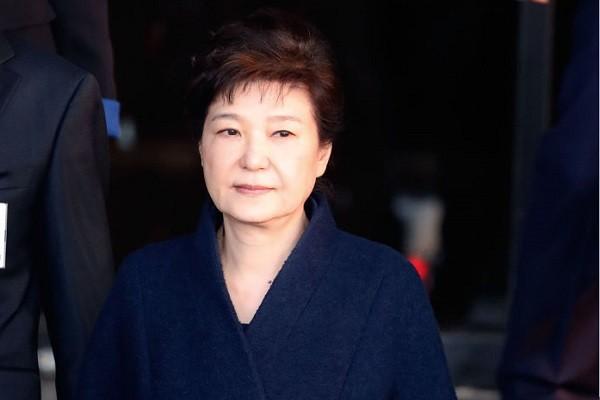 电视直播一审宣判 朴槿惠向法庭递假条