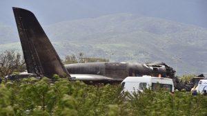 阿尔及利亚军机坠毁 国防部:257人死亡(视频)