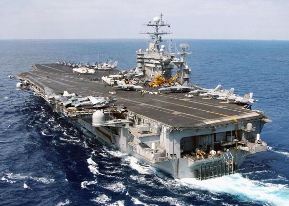 美航母導彈驅逐艦開赴中東 歐洲發72小時空襲預警