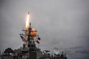 叙利亚最新战况:叙多个军事基地被炸 13枚导弹被拦
