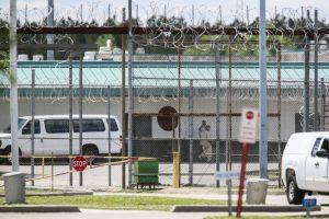 美南卡州监狱骚乱近8小时 酿囚犯7死17伤