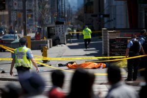 多倫多麵包車衝撞行人 現場慘不忍睹 嫌犯被捕(視頻)