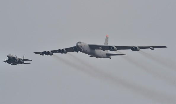 兩架美B-52飛近廣東 專家:模擬投射戰斧飛彈