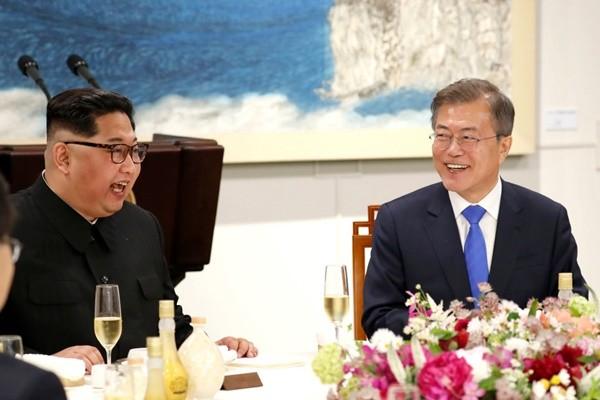 文金会晚宴延后结束 韩媒:制面机挂点