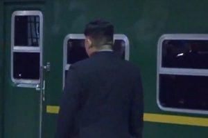 中國34死傷者回國  金正恩哭喪臉派專列送行
