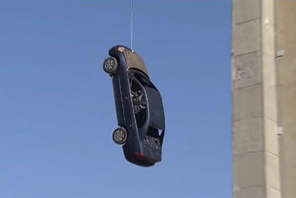 多倫多驚見「上吊」轎車 警:是惡作劇