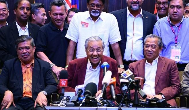 大马变天 92岁马哈迪胜选 成全球最老首相